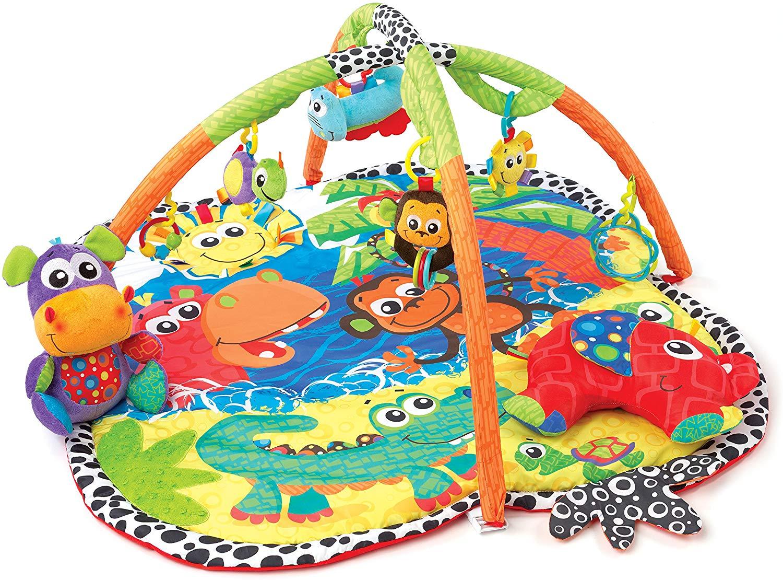 Le tapis de jeu pour bébé Playgro propose de nombreux jeux d'éveil sur le thème de la jungle.